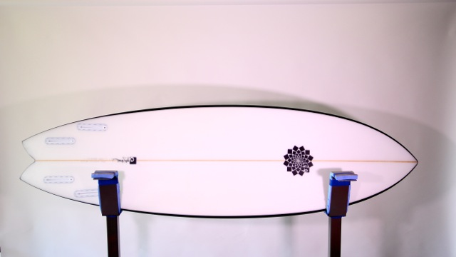 Gary McNeill Entity Surfboard Review - CompareSurfboards4