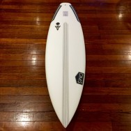 DMS Surfboards Actor Surfboard Review - FEATURE IMAGE | Compare Surfboards