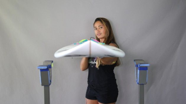 The Delightful Hannah Bennett, Girl Surf Network & Her Magic Surfboard by Fiji Surf Co | Compare Surfboards 4