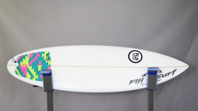 The Delightful Hannah Bennett, Girl Surf Network & Her Magic Surfboard by Fiji Surf Co | Compare Surfboards 6