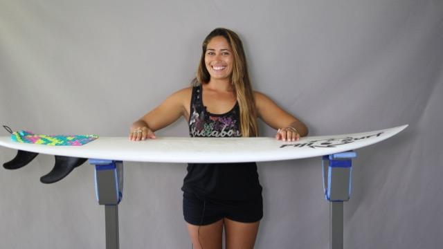 The Delightful Hannah Bennett, Girl Surf Network & Her Magic Surfboard by Fiji Surf Co